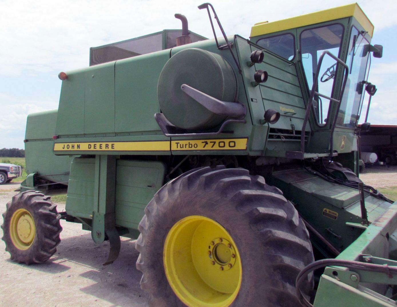 John Deere 6600  Sidehill 6600 And 7700 Combines Technical