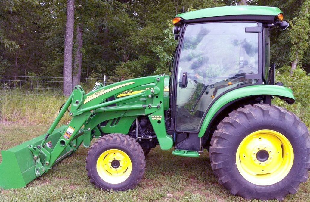 John Deere 4120 And 4320 Compact Utility Tractor Technical