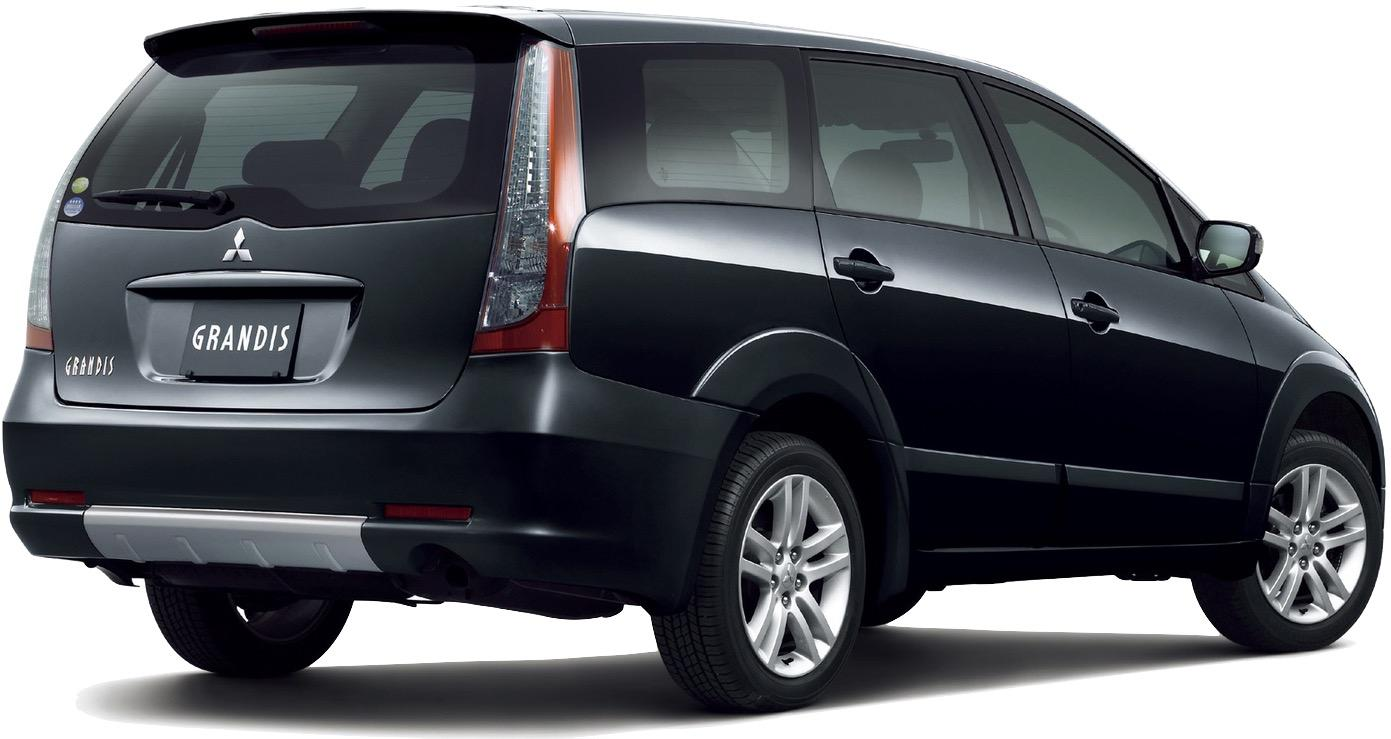 Mitsubishi Grandis 2004